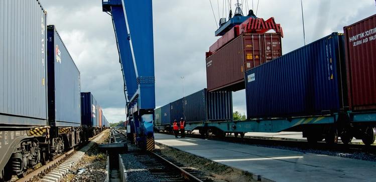 контейнерные поезда разогнать
